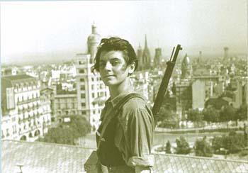 La miliciana Marina Jinesta en la plaza de Catalunya; sourcewww.nodo50.org