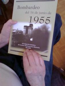 Cubierta del libro Memoria oficial bombardeo de Plaza de Mayo del 16 de junio de 1955